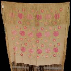 6430 victorian piano shawl
