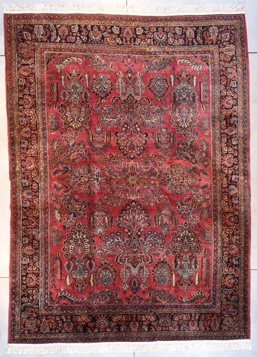 7689 Sarouk carpet