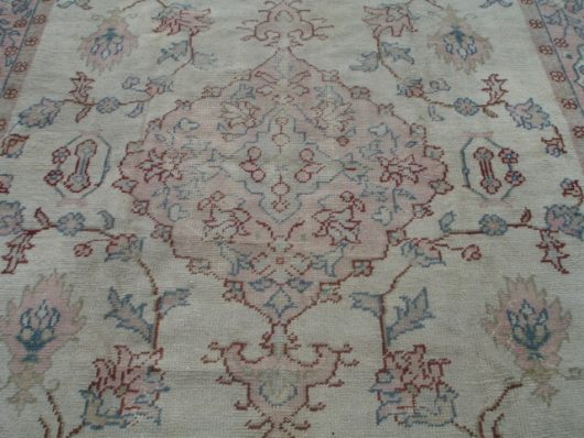 turkish ousahk carpet image
