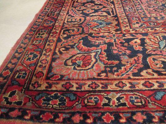 6718 closeups Sarouk rug