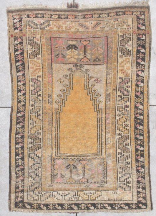 6878 Anatolian rug
