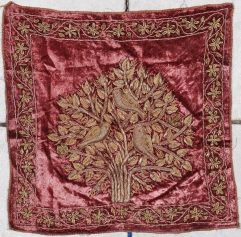7115 Ottoman Embroidery