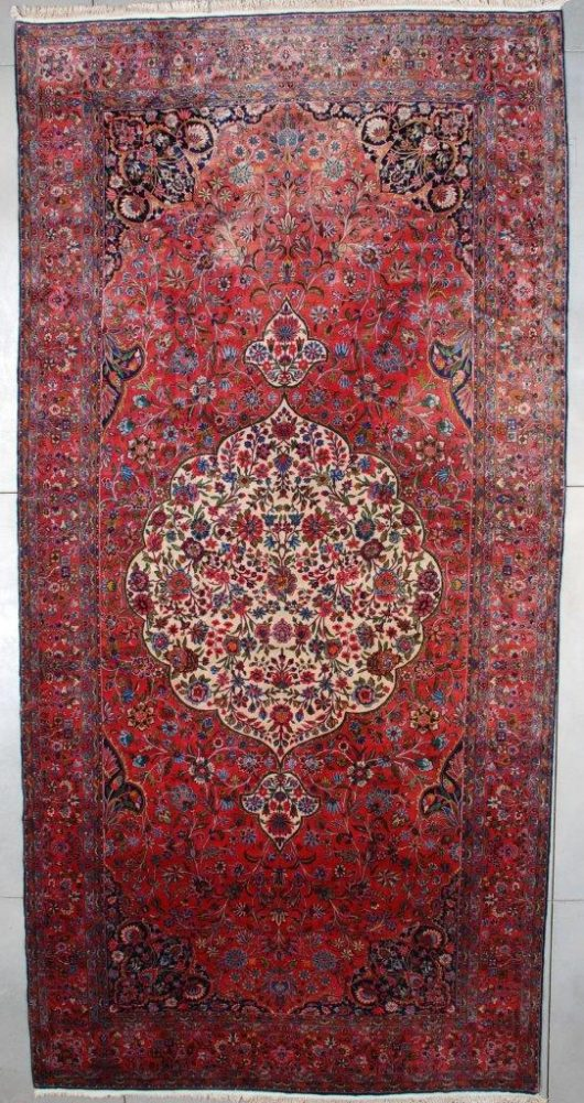 7531 Antique Kashan rug
