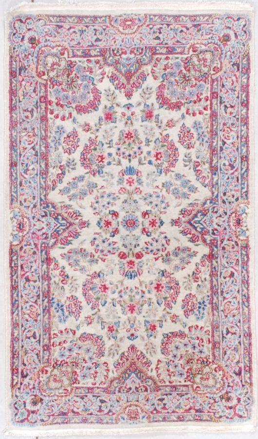 7566 Kerman rug