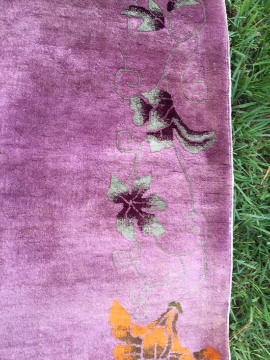 7576 art deco rug closeup mauve or lavender