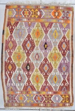 7783 Turkish Kilim