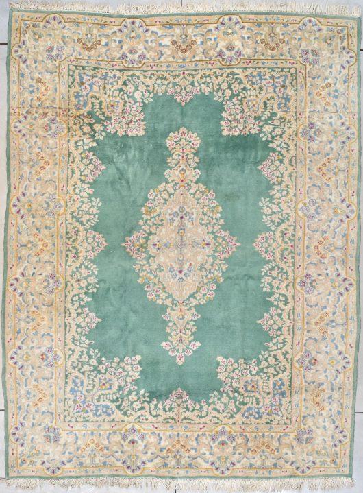 7795 Iranian rug