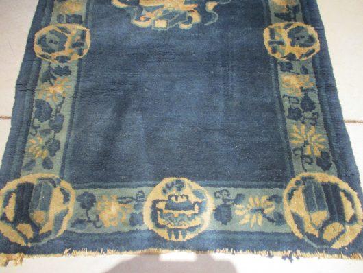 7824 detail chinese rug