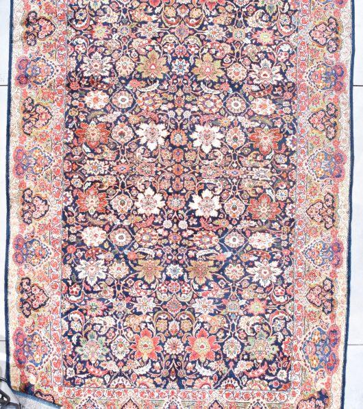 7832 Mahal closeup rug image
