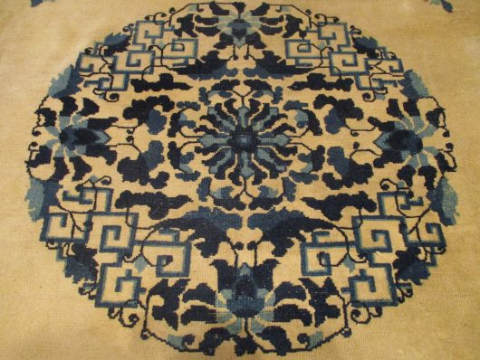 Peking rug closeups 7886