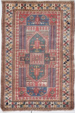 antique bergama rug image 7890