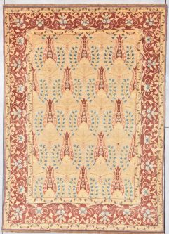 7899 European rug antique