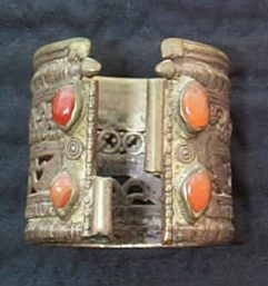 afghan kuchi silver bangle front