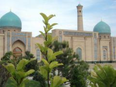 shopping for suzani and ikat in Bukhara uzbekistan